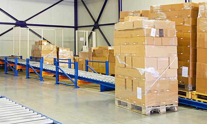 Produzione scatole di cartone per l'industria